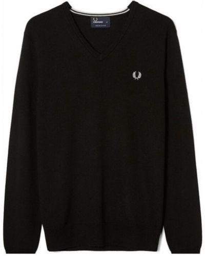 Czarny długi sweter oversize z dekoltem w serek Fred Perry