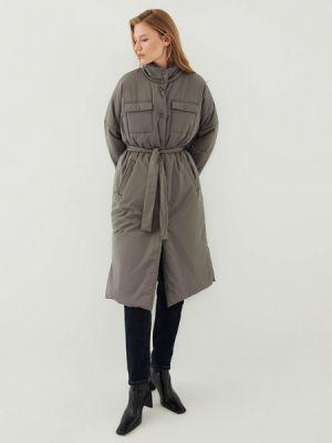 Серое пальто на синтепоне Zarina