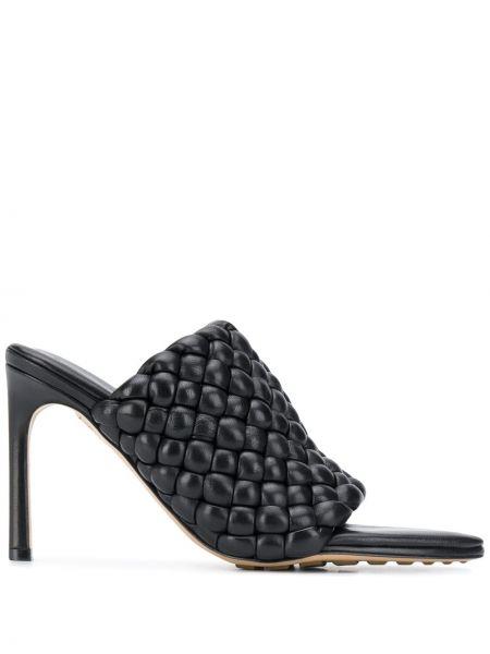 Мюли черный на каблуке Bottega Veneta