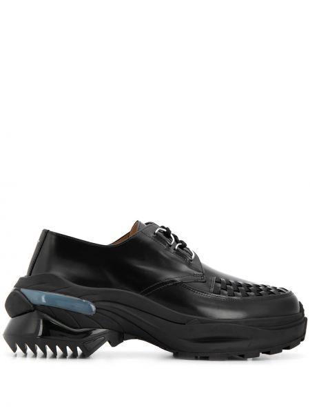 Кожаные туфли черные на шнуровке Maison Margiela