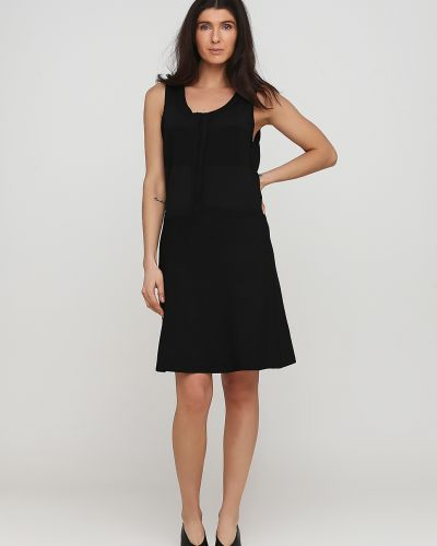 Черное платье без рукавов с круглым вырезом Kookai