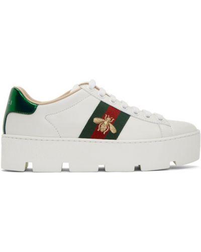 Skórzany biały sneakersy na platformie na sznurowadłach okrągły Gucci