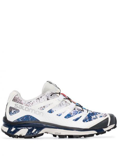Белые кроссовки на шнурках Salomon S/lab