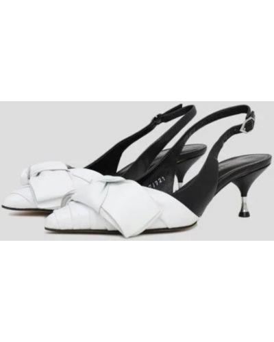 Туфли на каблуке - белые Bruno Premi
