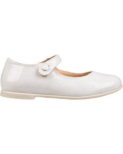 Туфли лаковые белые Naturino