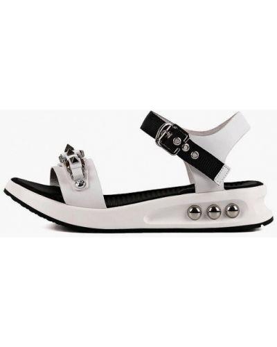 Белые кожаные сандалии Leberdes