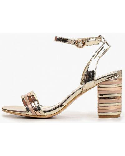 Босоножки на каблуке кожаные Style Shoes