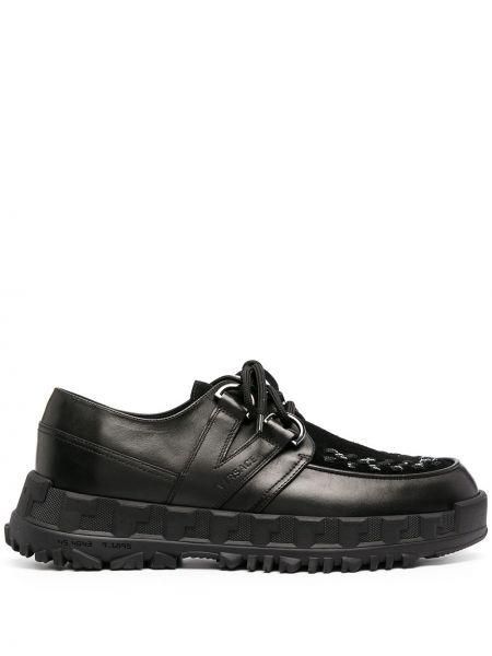 Черные кожаные туфли на каблуке Versace
