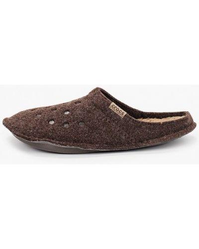 Коричневые домашние тапочки Crocs