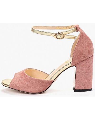 Босоножки на каблуке розовый Inario