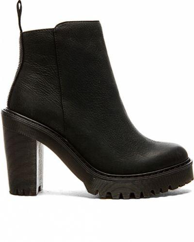 Skórzany czarny buty obcasy na pięcie Dr. Martens