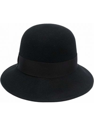 Czarna czapka z haftem Borsalino