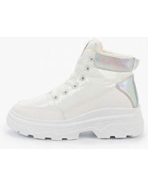 Высокие кроссовки белый Marquiiz