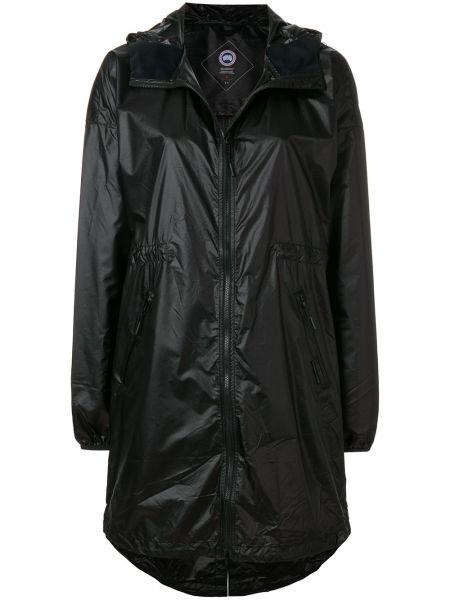 Нейлоновая черная длинное пальто Canada Goose