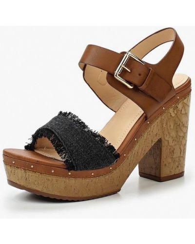 Босоножки на каблуке Vera Blum