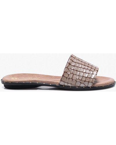 Бежевые сандалии кожаный Carinii