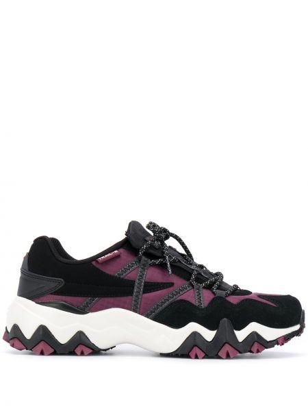 Ажурные черные кроссовки на шнурках Fila