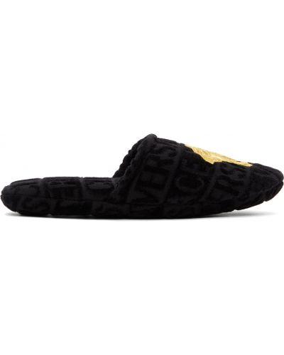 Czarne kapcie bawełniane z haftem Versace