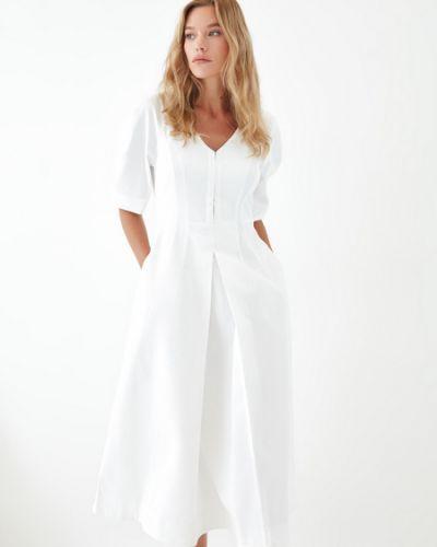 Белое хлопковое платье Zarina