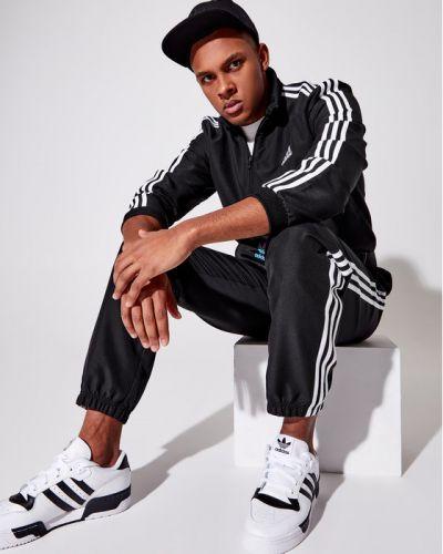Czarny dres Adidas