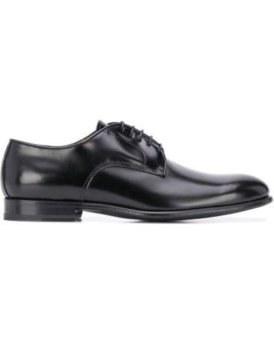 Кожаные черные туфли на низком каблуке на шнуровке на каблуке Dell'oglio