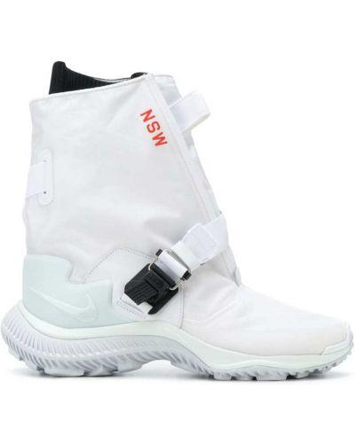 Кожаные ботинки спортивные водостойкие Nike
