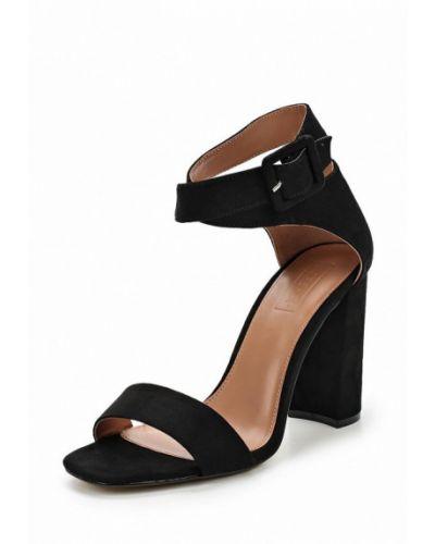 Босоножки на каблуке черные замшевые Topshop