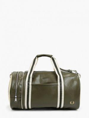 Зеленая кожаная спортивная сумка Fred Perry