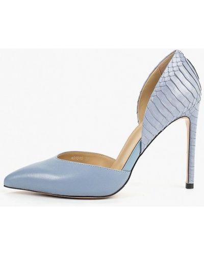 Туфли на каблуке кожаные на каблуке Vitacci