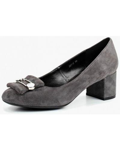 Туфли осенние закрытые на каблуке Just Couture