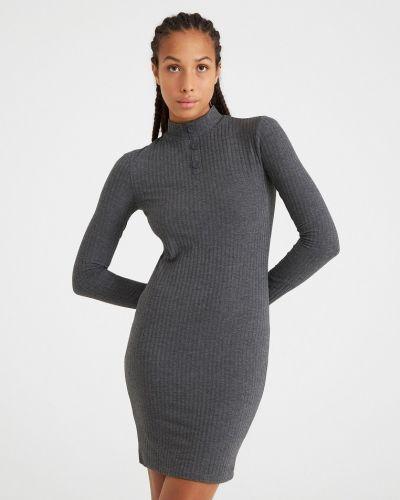 Серое платье Terranova