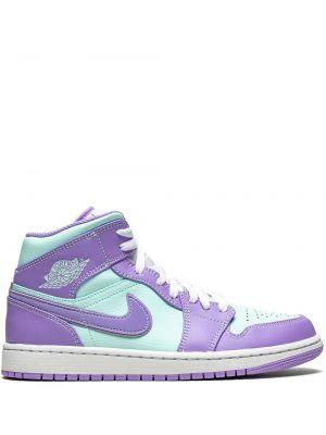 Фиолетовые кожаные кроссовки на шнуровке Jordan
