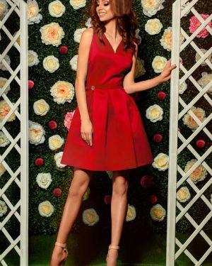 Czerwona sukienka na wesele na komunię rozkloszowana Lemoniade