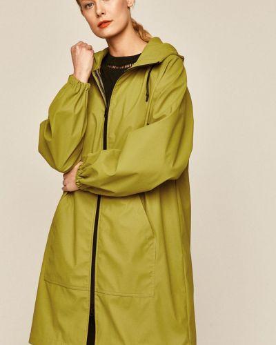 Зеленое пальто Medicine
