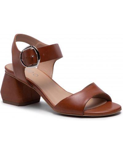 Brązowe sandały casual Edeo