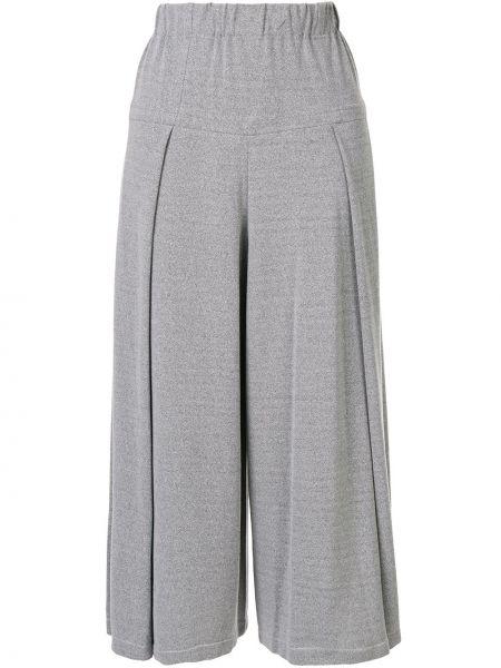 Укороченные брюки с завышенной талией расклешенные Issey Miyake Cauliflower