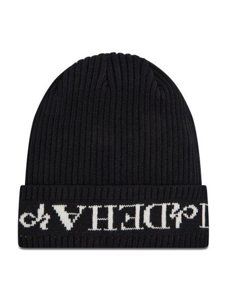 Czarna czapka Deha