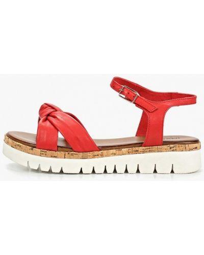 Красные сандалии Inuovo