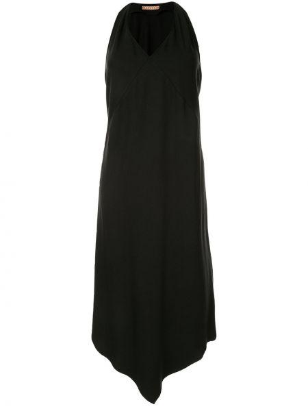 Приталенное черное платье миди без рукавов Nehera