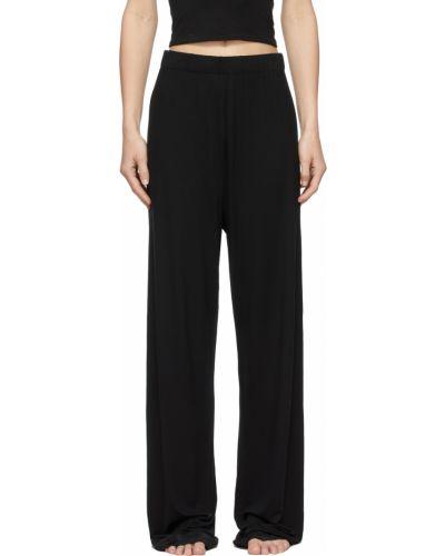 Черные прямые брюки Skims