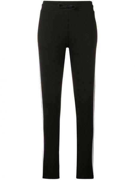 Черные спортивные брюки с нашивками с воротником Quantum Courage