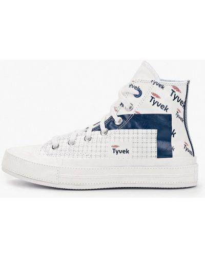 Текстильные белые высокие кеды Converse