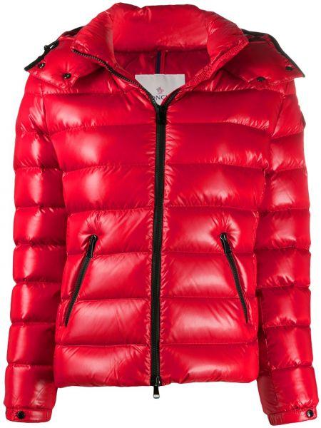 Pikowana klasyczny puchaty pikowana płaszcz z długimi rękawami Moncler