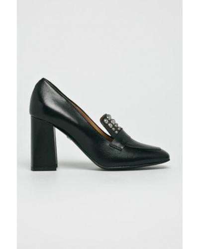 Кожаные туфли на каблуке резиновые Solo Femme
