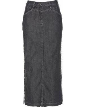 Джинсовая юбка с карманами Bonprix