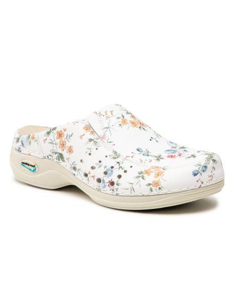 Sandały w kwiaty - białe Nursing Care