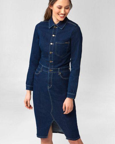 Niebieska sukienka jeansowa z długimi rękawami zapinane na guziki Orsay