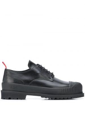 Черные кожаные туфли на шнуровке 424