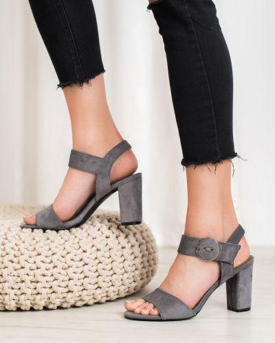 Szare sandały Vinceza
