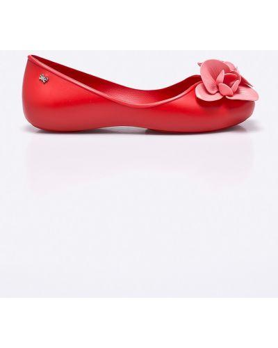 Красные балетки Zaxy